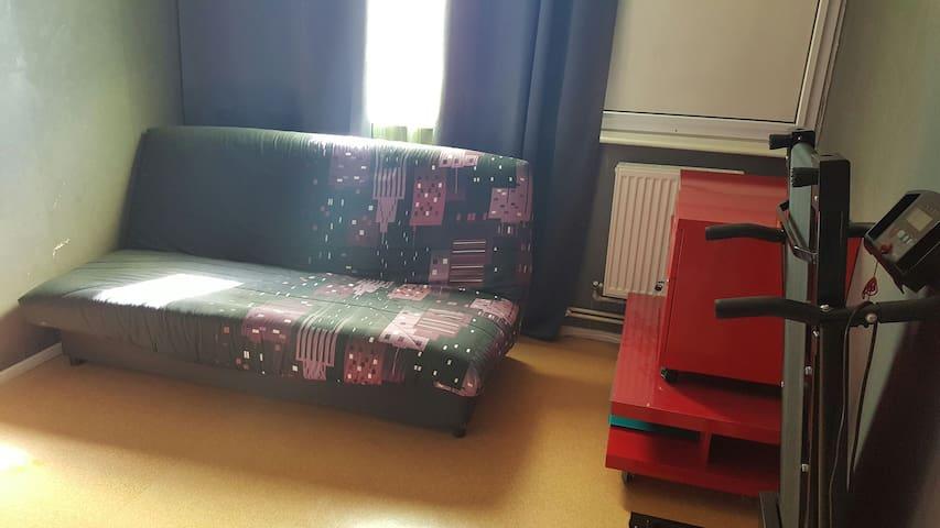 Chambre dans T3 équipé et propre - Marly
