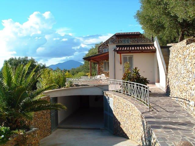 EXCLUSIVE COUNTRY VILLA - Marina - บ้าน