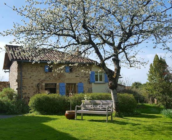 Domaine Charente - Cottage met gebruik zwembad