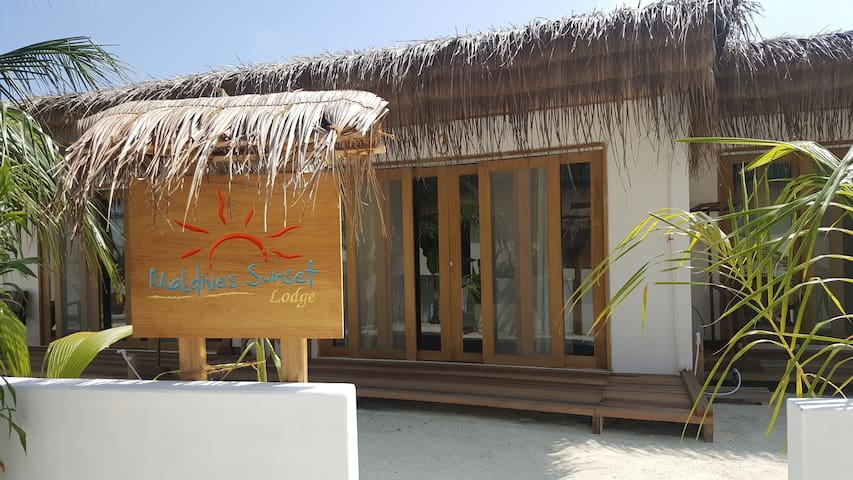 Maldives Sunset Lodge & Village Guesthouse