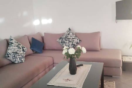 AGADIR- CHARMING APPARTMENT WITH A SUNNY POOL