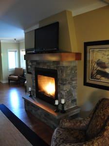 2 Bedroom Luxury Villa in Bucolic Setting - Westport - Hus