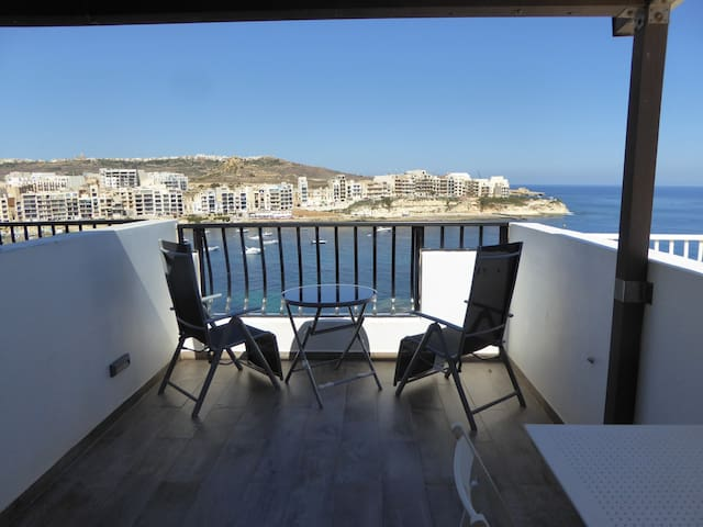Seaview Studio Penthouse