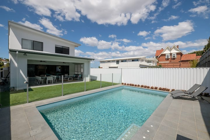 Newly Built, Luxury Family Home with heated pool