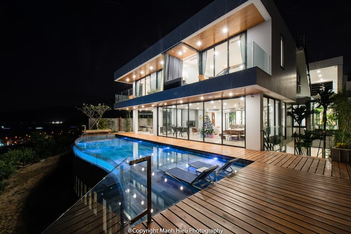 The Trang's Villa( Biggest infinity pool in area)