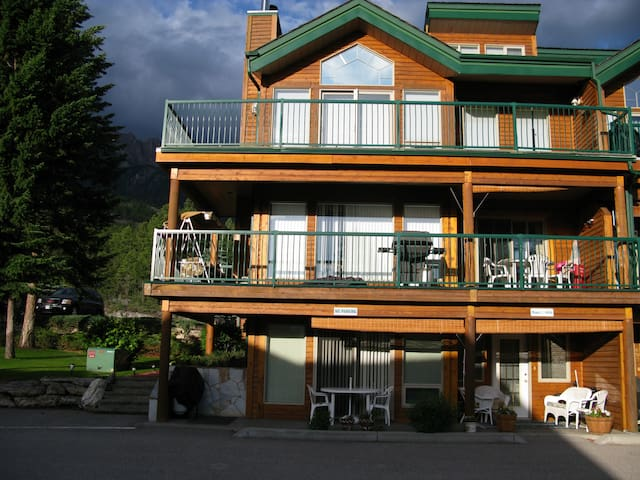 Fairmont Hot Springs B.C Canada 604 - Fairmont Hot Springs - Appartement