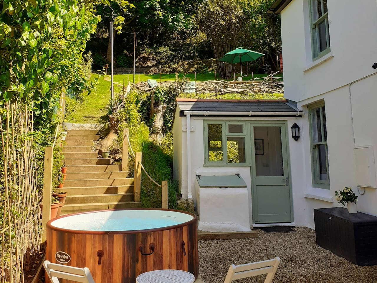 cornish cottage with hot tub perranporth