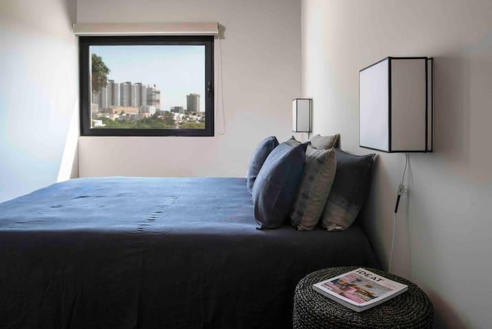 Bedroom 2, bed queen size 140x200