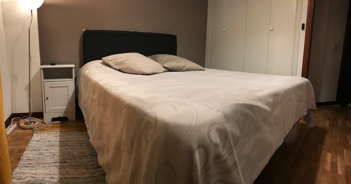 Habitación Matrimonial/Baño  propio/Acceso Privado