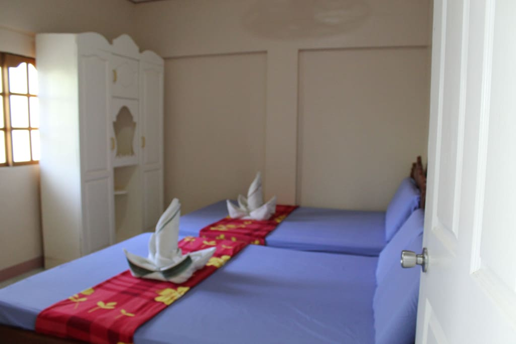 There are two double beds to accommodate 2-4 pax.