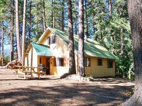 Cabin at Fish Lake