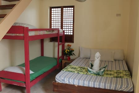 DBL Deck,DBL Bed  W/Fan@Green House - Malay - Appartement