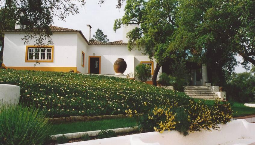 belle maison typique de l'Alentejo
