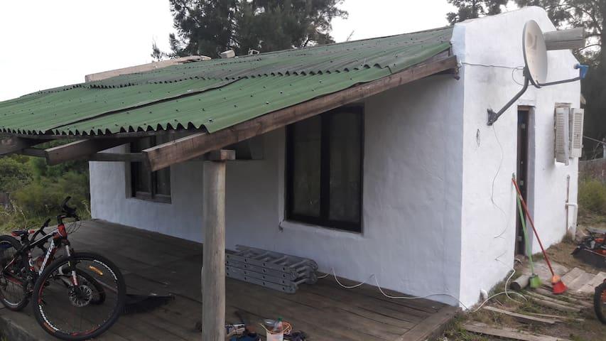 casa de veraneo a 7 cuadras de la playa hermosa.