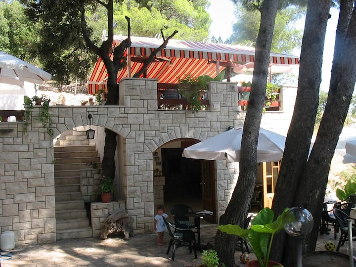 Pension Matijević, bed and breakfast-Hvar, Croatia