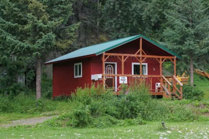 33 Mile Roadhouse Cabin #2