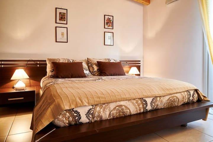 GRANDE BILOCALE Bergamo Luxury - Bergamo - Apartemen