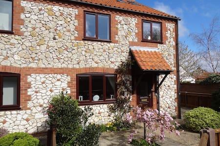 Modern Cottage North Norfolk Coast - Thornham - Haus