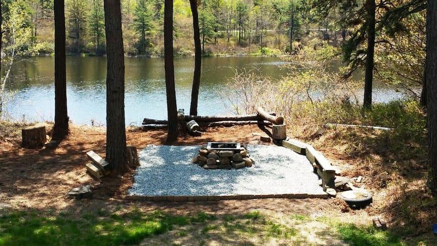 Pocono Dream Palace - The Lake House - Pocono Summit