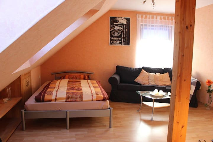 2 1/2 Zi - . Apartment in a quiet location - Hannover - Apartment