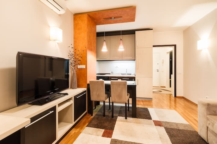 M Apartment New Belgrade - Belgrado - Appartement