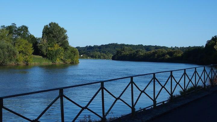 Face à Saint-Emilion, bord rivière