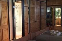Cozy Private Entrance & Bathroom