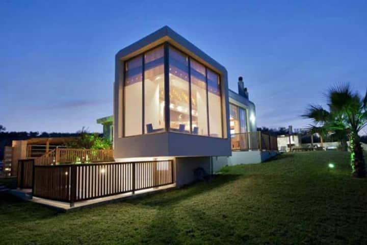 Villa Grand - 6 bedroom villa - heated pool