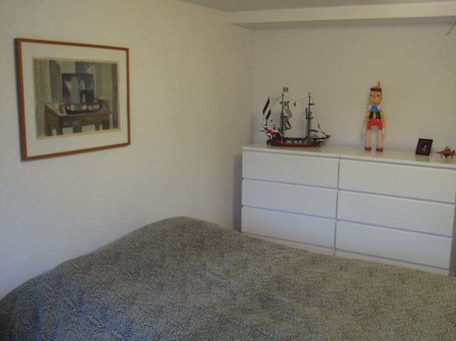 Comfy double bed and storage for clothes