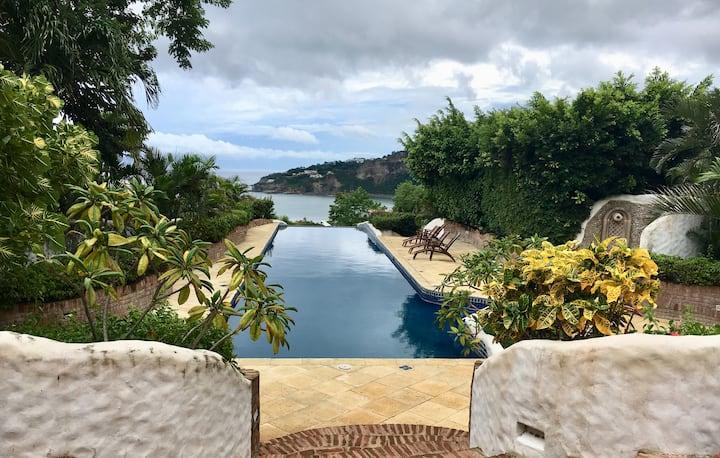 Beach Villa Retreat - Casa Santa Rosa