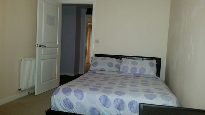 Double room close to city centre and train station