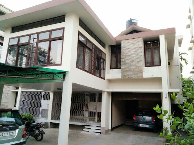 Four Bedroom House for Homestay - Sunderpur Area,  Guwahati - 獨棟