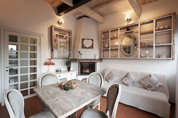 Charming house with private parking