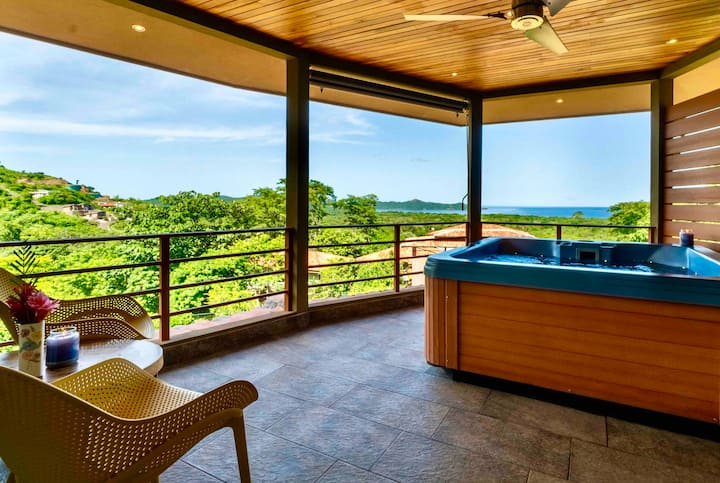 Oceanview villa, hot tub - Top Floor