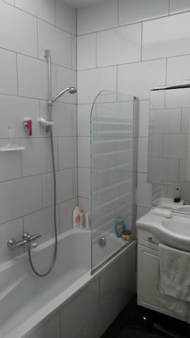 Private bedroom - 1 person - Anvers - Pis