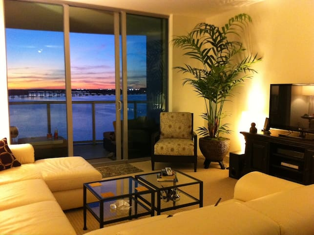 Waterfront Highrise in Downtown Fort Myers