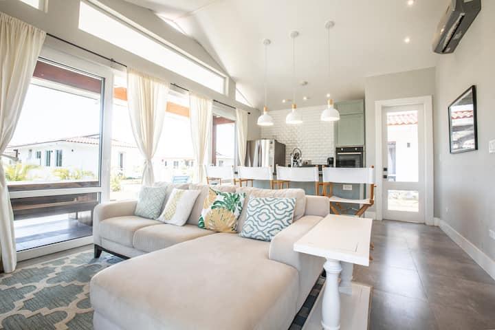 Fresh & Bright 2BR luxury Blue Venao cozy Villa