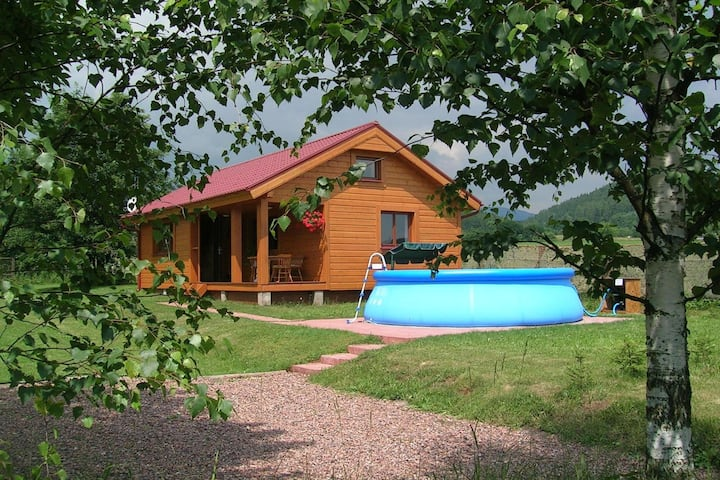 Beautiful holiday home with the garden pool at the edge of the Riesengebirge