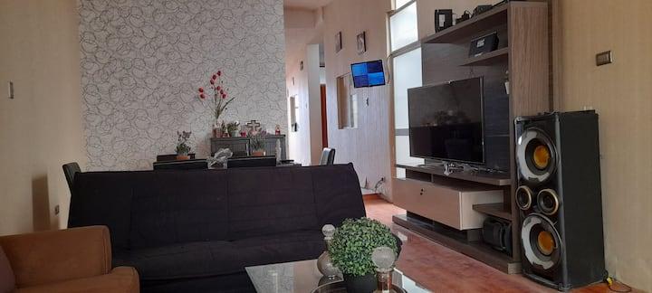 Casa hermosa, confortable, amplia y segura