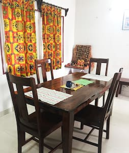 Home stay close to the airport + WiFi + AC - Kalkutta