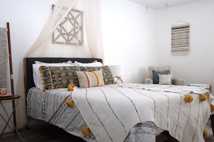 Queen size bed with high thread count sheets