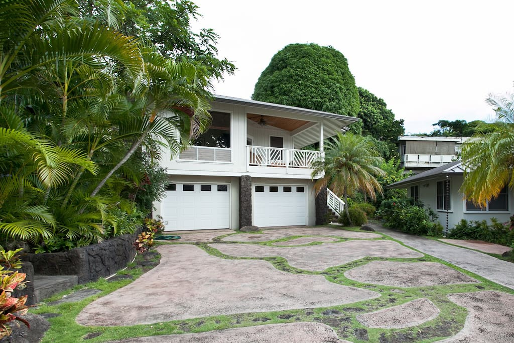 Beautiful 2 Bedroom In Paradise Apartments For Rent In