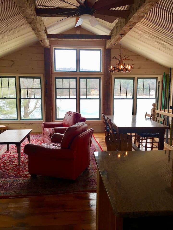 High Oaks Lodge on Cossayuna Lake