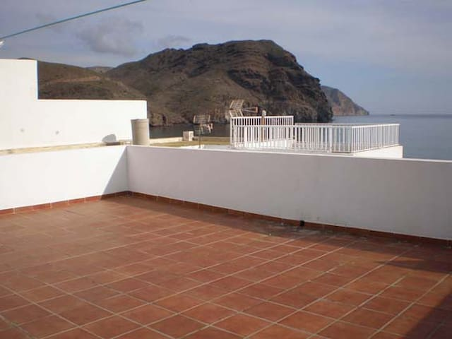 APARTAMENTO A PIE DE PLAYA - Las Negras - Apartment