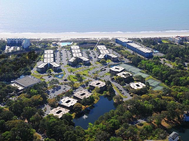 Top Floor Condo with Ocean View! - Hilton Head Island - Appartement