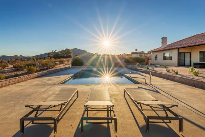 Mañana Mesa • Private Villa with Pool & Hot tub!