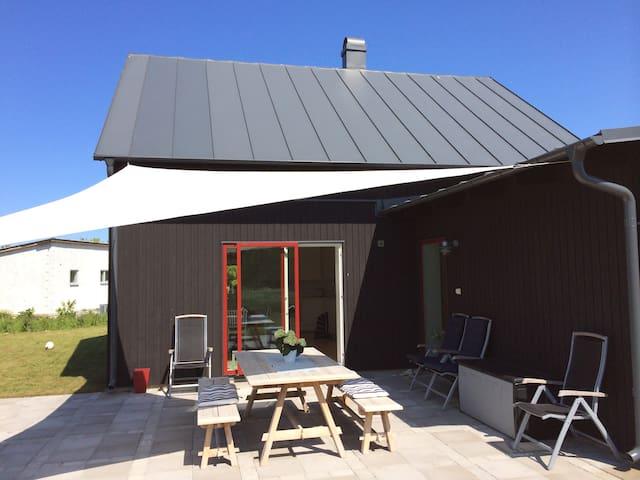 Modernt hus vid Tofta Strand - Gotlands Tofta
