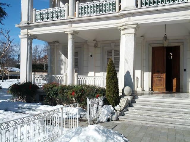 Alloggio in Villa Padronale '800 - Vicoforte - Apartment