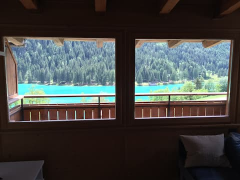Mansarda vista lago