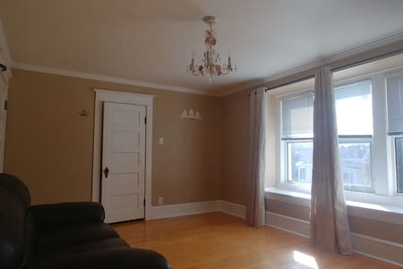 Entire 3BR Beautiful Character Home